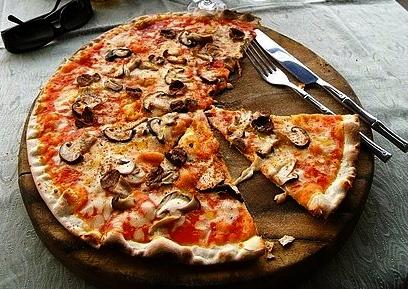 Cousins Pizza Restaurant Easton Pa