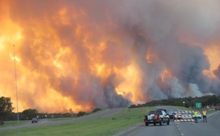 Roadblock in front of Texas wildfire, 2011. Photo by local resident.