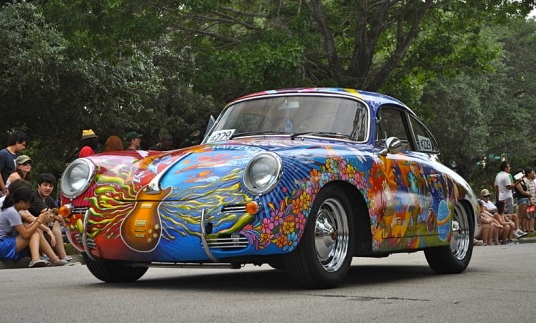 A different kind of pedigreed thorouhbred on the track. (2011 Porsche 356 Art Car by R. Sanders/ Alex Brogan/ Commons.wikimedia.org)