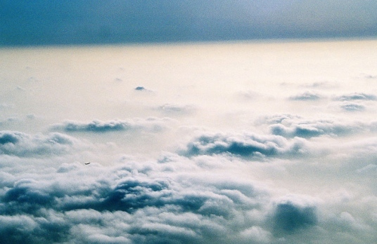 (Cloudscape by Evan-Amos,Vanamo Media: Released to public domain/Commons.wikimedia.org)