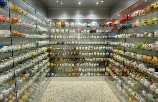 Not the IRS. Just a room full of piggy banks. (Extrastern/ US Public Domain/ Commons.wikimedia.org)