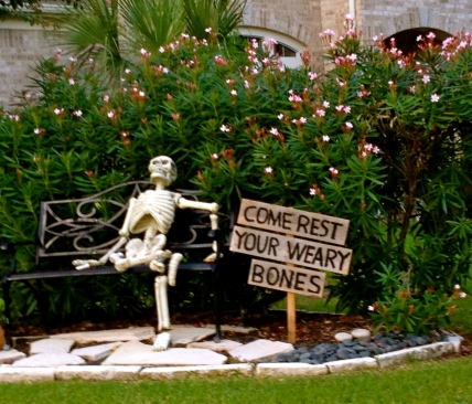 Halloween skeleton yard decoration