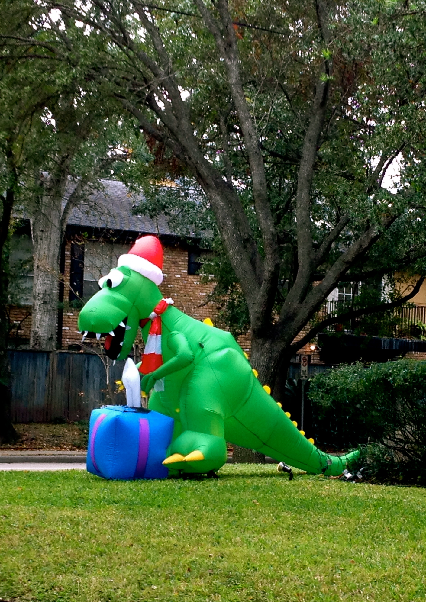 dinosaur christmas inflatable yard decoration - Dinosaur Christmas Decorations