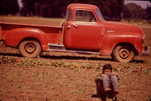 1949-50 GMC truck Dick Rowan.NARA.54378:EPA:USPD.pub.date:by Fed. employee:Commons.wikimedia.org)