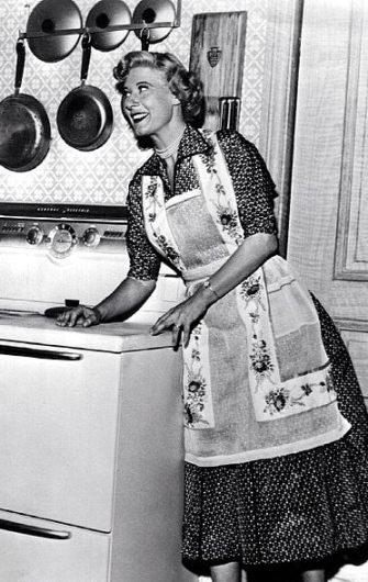 1953 I married Joan kitchen scene.( Bureau of Industrial Service for NBC.Young and Rubicam/US PD:no cr/pub.date/Commons.wikimedia.org)