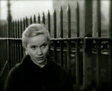 "1954.Eva Marie Saint.Trailer.""On the Waterfront""/USPD:pub.date,no cr/Commons.wikimedia.org"