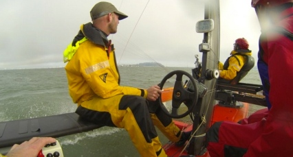 Now this is a driving dream. He's the helmsman. Another crew member manages the kite (project kiteboat.com)