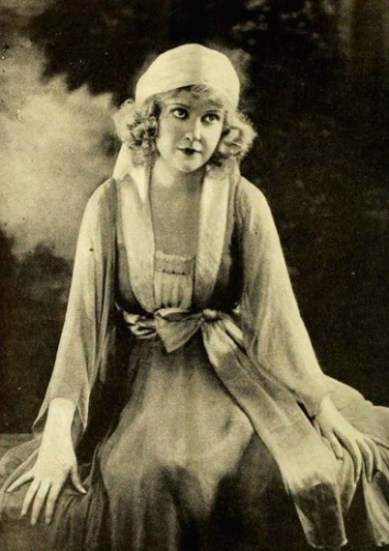 1919 film. Vintage actress May Allison /US PD:pub.date/Commons.wikimedia.org)