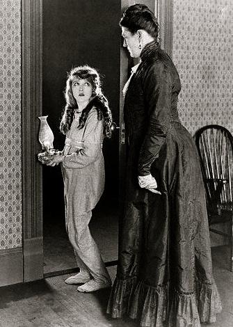 Mary Pickford as Pollyana(1920. US Public domain. expired copyright:commons.wikimedia.org)