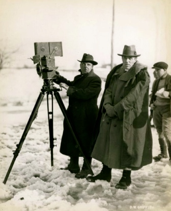 "1920. Billy Bitzer D W Griffith. film crew of ""Way Down East""Wisconsin Center of Film and Theater Research/US PD: pub.date/Commons.wikimedia.org"
