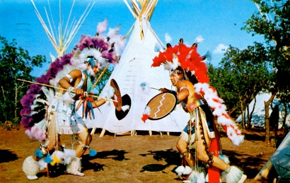 Shield dancers in Oklahoma.View Gram/Bob Taylor/Vintage post card from personal collection)