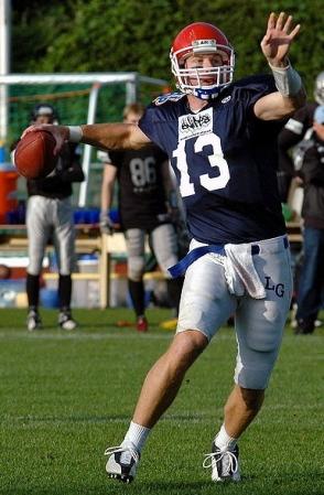 quarterback. Torsten Bolten/ USPD/Commons,wikimedia.org)