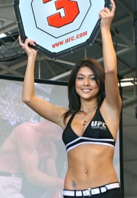 American Ring girl. Arianny Celest. (US PD. work of Marine Corps.Lopez/Commons.wikimedia.org)
