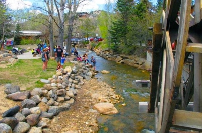 Historic water wheel in Estes Park/Visitestespark.com