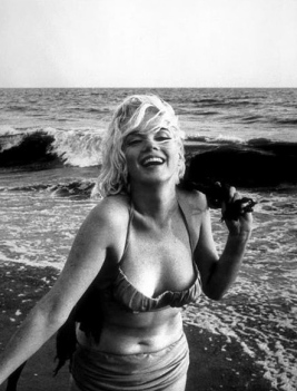 1962. Marilyn Monroe/George Barris/US PD:pub.date,no copy right/Commons.wikimedia.org)