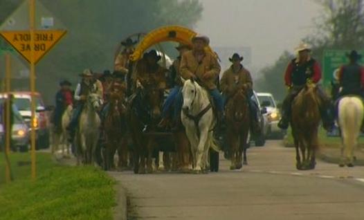 Trail riders. (image: KHOU TV)