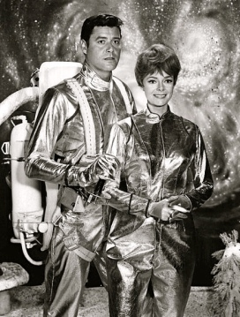 space suited couple (1965. Lost in Space.CBS TV/USPD:pub.date.no cr/Commons.wikimedia.org)