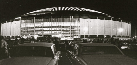 Astrodome 1965 night game/Sporting News Archives.Rozumalski/USPD.pub.date/WIKI