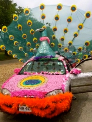 Peacock Art Car. (2015 Houston Art Car Parade/ screenshot.khou.com)