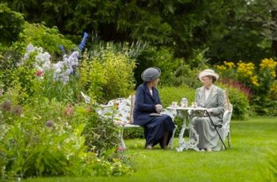Dowager Countess Violet/Downton Abbey.season 5/MAsterpiece/PBS screenshot. pbs.org)