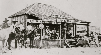 "Judge Roy Bean's ""Courthouse"" in 1900 Langtry, TX. (USPD.pub.date:NARA530985/Commons.wikimedia.org)"