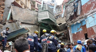 Nepal Damaged buildings being searched.  Nepal. (Image.Office of US Foreign Disaster Assistance/FB USAID.OFDA)