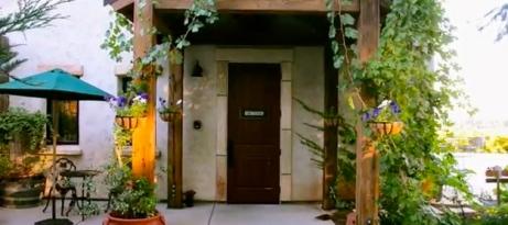 Welcoming doorway at Grace Patriots WInery. (screenshot .gracepatriotswines.com)