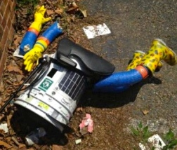 HitchBOT decapitated the day before International Friendship Day. (Huffington Post/Twitter))