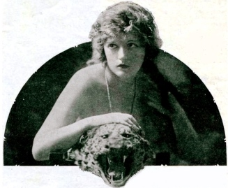 1920. Marion Davies/The Tatler.Oct. 1920/USPD.pub.date/Commons.wikimedia.org)