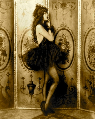 Vintage dancer. Dolores Costello. Ziegfeld Girl.1922-24. Johnson 18885-1971/LoC/USPD.pub.date/Commons.wikimedia.org)