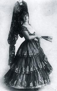1920.Maria Kuznetsova in Spanish costume.postcard/USPD.artist life/Commons.wikimedia.org)