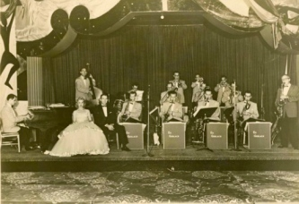 1955.The Ed Gerlach Orchestra at the Shamrock.(image Gerlach Orchestra(houston chronicle)