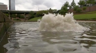 Strange burst of water out of Buffalo Bayou. (Dean Ruck's Big Bubble/City of Houston/Vimeo)