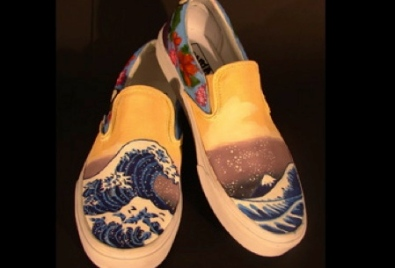 shoe with waves. Action Sports entry by Station Camp HS. Gallatin, TN (vanscustomculture.votenow.tv)