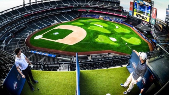 Golf at baseball stadium ( Stadiumlinks)