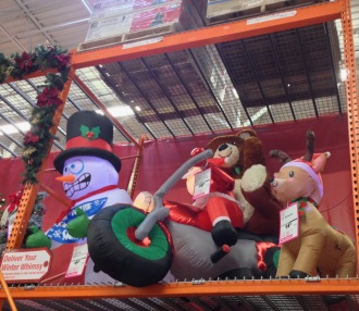 Christmas yard inflatables. Motorcycle Santa (© Image. all rights reserved, no permissions granted, copyrighted )