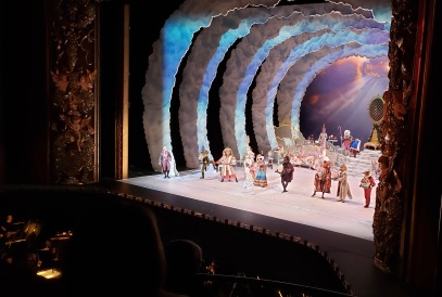 Houston Ballet Nutcracker. Dance of the toys that have come to life: Spanish Bull, Arabian Lion, Chinese Panda , Russian Bear, Danish Fox, English bulldog, French frog (© image: copyrighted, all rights reserved, NO permissions granted)