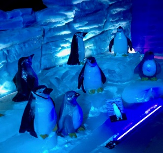 Penguin crowd. Ice sculptures ( image: copyrighted, all rights reserved, NO permissions granted)