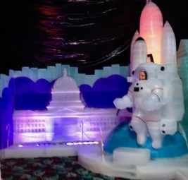 Astronaut and Capitol building ice sculpture. (© image: all rights reserved, copyrighted, no permissions granted)