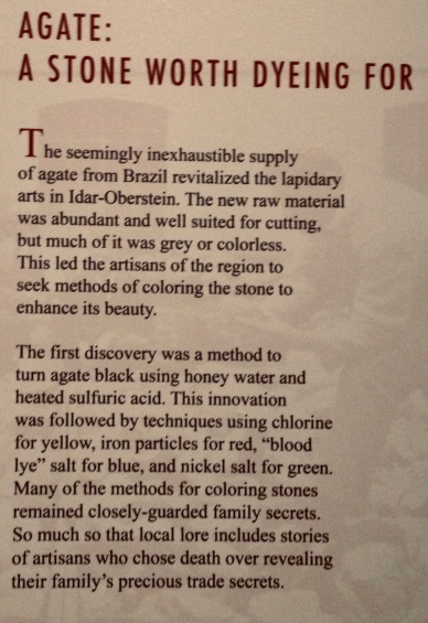 Rock carving införm nation, History of agate use (Houston Museum of Natural Science)