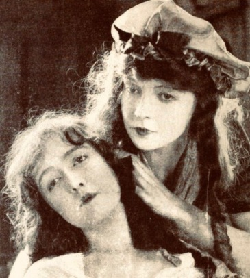 two girls. 1921 Photoplay mag./Diem (USPD. pub.date, artist life/Commons.wikimedia.org)