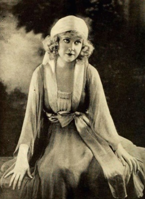 Woman seated. Vintage 1919 actress May Allison, Film Fun, (USPD artist life, cr.expired/Commons.wikimedia.org)