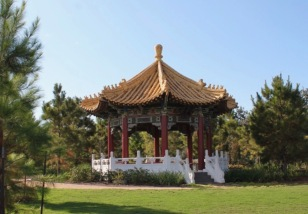 Friendship Pavilion given by Houston's sister city Taipei in 1976 and refurbished by Houston-Taipei Society in 1995 (image from Houston Parks)