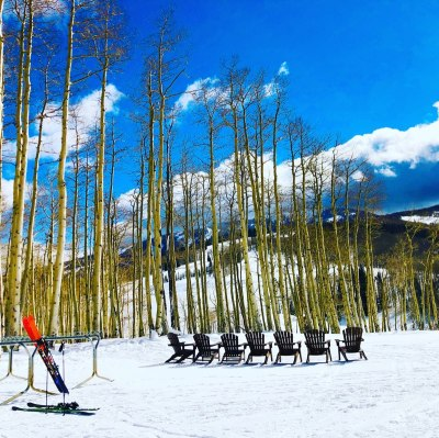 Sunny skies and chairs at ski area (© image: Copyrighted, no permissions granted, all rights reserved)