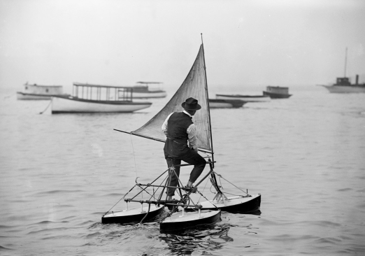 Man on water tricycle (ca 1900/LoC George Grantham Bain collection/USPD.pub.date, artist life, LoC/Commons.wikimedia.org)