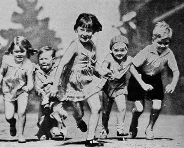 Children running. (1930 movie pub. image/USPD pub.date, artist life/Commons.wikimedia.org)