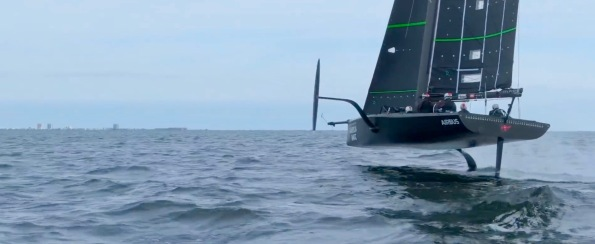 Sailboat up on foils with one raised (Screenshot: the Sailing Show)