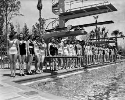 Bathing beauties at Shamrock pool summer opening (c. 1950's) (Houston Post/ houston public lib./Houston Metropolitan Research Center)