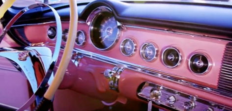 Pink dashboard. 1955 Dodge Le Femme. (Screenshot: Jay Leno's Garage/CNBC