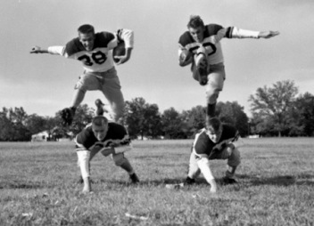 Four high school football players. 1953 . State lib.and archives of Florida (USPD.pub.date/Commons.wikimedia.org)